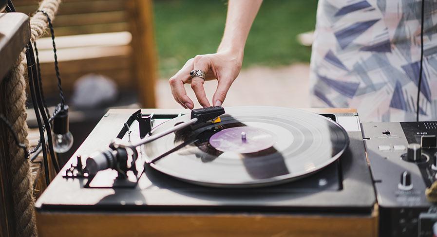 Fixa musiken till bröllopet